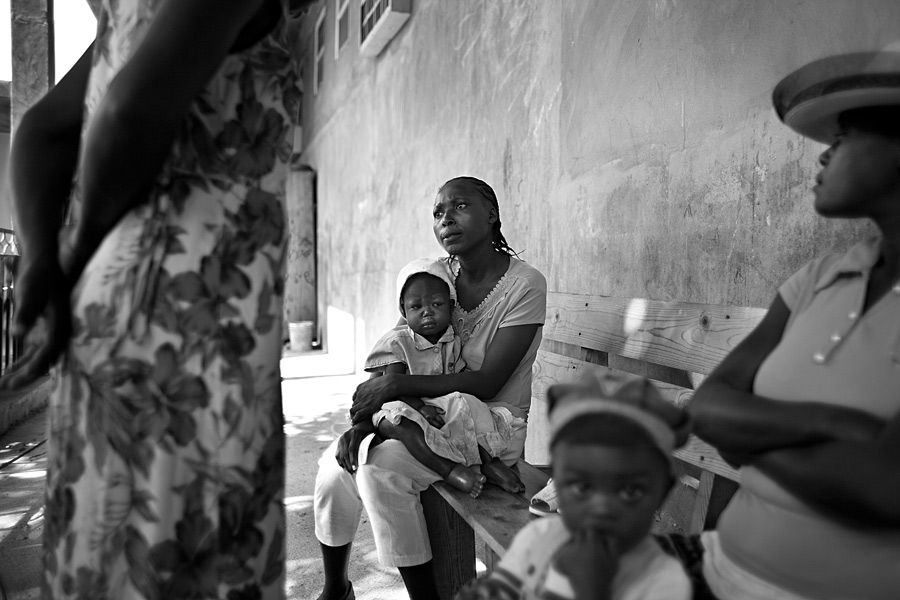 Malnourished mother, Haiti